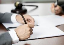 省外客户拖欠货款怎么起诉